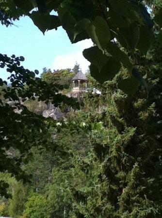 Ein toller Aussichtspunkt thront über der Stadt und ist über viiiiele Stufen zu erklimmen.