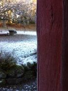 Winter und seichter Schnee ..