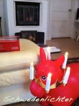 Ich hab auch einen AWARD mit Krönchen verdient .. sagt das rote Hüpfepferd und trägt windschief ne Krone.